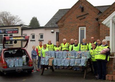 Woolmer Forest Lions distributing Christmas parcels